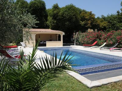 Photo for Cottage in a 1850 Bastide with infinity pool et counter current swimming system