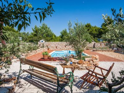 Photo for Two bedroom apartment with terrace Cove Osibova (Brač)