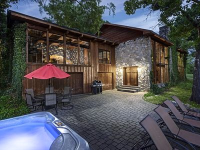 Photo for PRIVATE Lakefront Cabin-HOT TUB-Pool Table~WIFI~Amazing VIEW~Close to Branson!