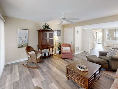 Photo for New Listing! 2 King BRs w/ New Pillowtop Mattresses, Tennis, Free Wifi, Next to Coligny Beach /Plaz