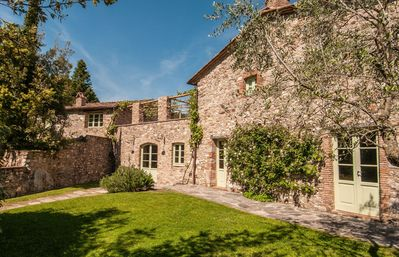 Photo for Wonderful private villa with private pool, WIFI, TV, patio, panoramic view, parking, close to Lucca