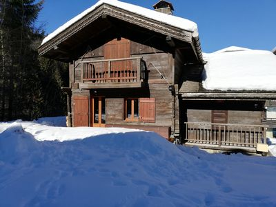 Photo for Typical and rustic chalet at the foot of the slopes