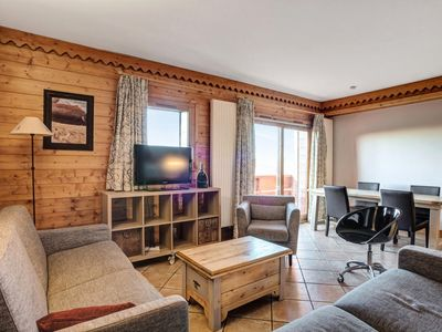 Photo for Résidence Les Hauts Bois - Maeva Private individuals - 4 room apartment for 8 people Selection