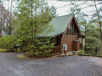 Photo for Mountain views, privacy, 2BR/2BA sleeps 6, upper/lower deck