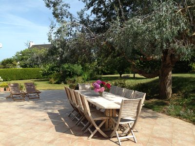 Photo for Very nice holiday home, swimming pool, beautiful garden, quiet, 400m from the sea