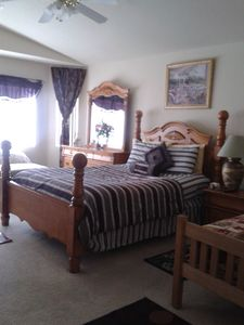 Master's Bedroom 1queen bed, 1 twin bed Plus Chaise