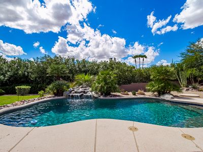 Photo for Hot Tub & Heated Pool! Private & Family Friendly! Split Floorplan!!