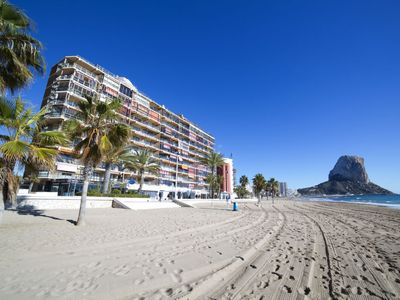 Photo for Calpe Apartment, Sleeps 4 with Pool, Air Con and Free WiFi