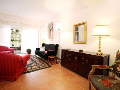 Photo for Charming Garden Retreat near Vatican - Apartment for 4 people in Roma