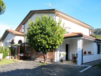 Photo for Apartment Noah (COS270) in Corsanico - 4 persons, 2 bedrooms