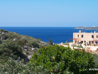 Photo for Offer in May: only 59 EUR per day. Everything is in bloom, swimming weather, but not too hot!