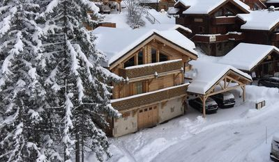 Photo for Chalet October - La Tania 3 Valleys - 8 people