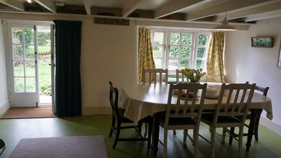 dining area in cottage