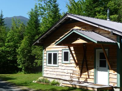 Romantic Cottage for Two in the Heart of the White Mountains