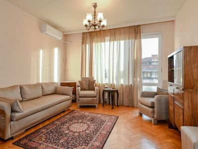 Photo for MerryPatriarha One Bedroom · Classical 1-bdr Apartment onPatriarhEv
