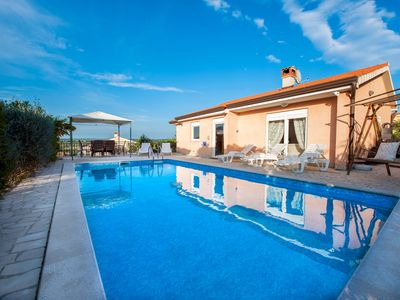 Photo for POREC 6km - Villa with Air Con* Private Pool + Excellent Views,10 minutes Sea