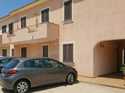 Photo for Lovely apartment for 6 people with pool, TV, balcony, pets allowed and parking
