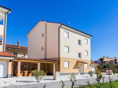 Photo for Holiday apartment Medulin for 2 - 6 persons with 3 bedrooms - Holiday apartment