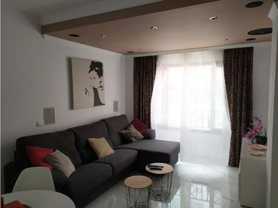 Photo for Cozy 1 Bedroom Apartment - Central. Wifi.