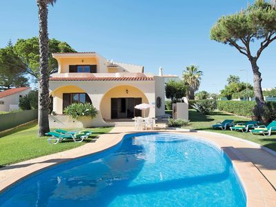 Photo for Located in an exclusive residential area of Vilamoura