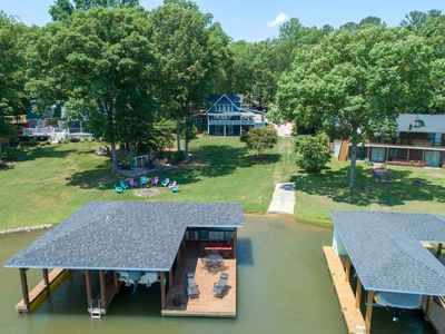 Photo for WATERFRONT, ONSITE PRIVATE BOAT RAMP, ZERO ENTRY TO WATER IN QUIET SPACIOUS COVE