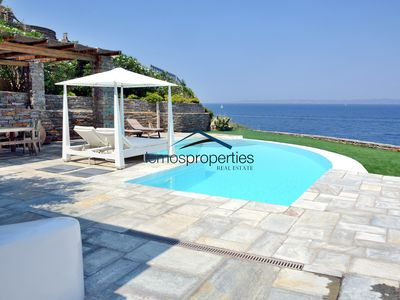 Photo for Waterfront villa with a fantastic sea view and a swimming pool