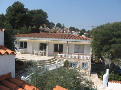 Photo for A PENISCOLA villa for 11 people - 500m from the beach