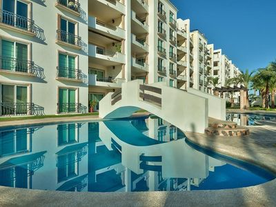 Photo for Luxurious & Affordable 2 Bedroom Penthouse w/Pvt. Rooftop Hot Tub!