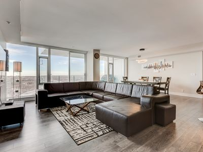 Photo for Luxury Downtown Sub-Penthouse Condo on Riverfront - Near Stampede (1320 sq ft)