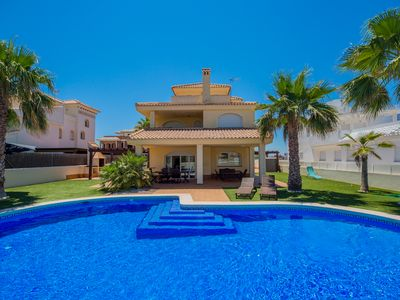 Photo for Villa with private pool on the shores of the Mediterranean.