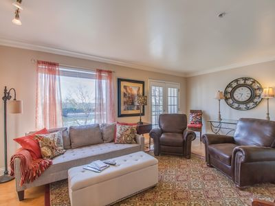 Within walking distance of all Nashville has to offer!