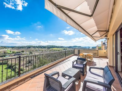 Photo for This 3-bedroom villa for up to 4 guests is located in Sineu and has a private swimming pool, air-con