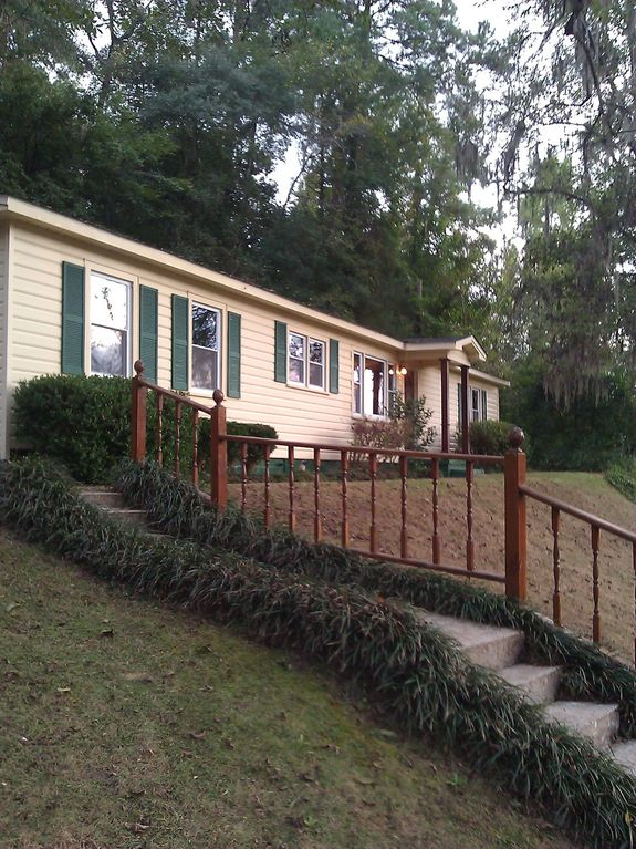 The Lodge On Pea River Call For Single Room Rates And One Night Stays
