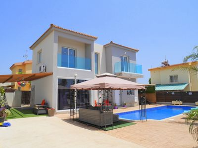 Photo for Villa Bella - Luxury 4 Bedroom Villa with Large Private Pool