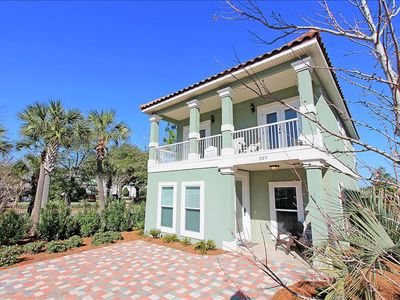 Photo for ☼4BR Shipwrecked☼ Jan 17 to 19 $854 Total! $1800/mo Jan-Feb! Vill.Cryst.Bch-Pool