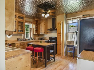 Photo for Charming West 7th Cottage