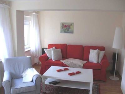 Photo for A 128 apartment with sitting area in the garden - 2 room apartment