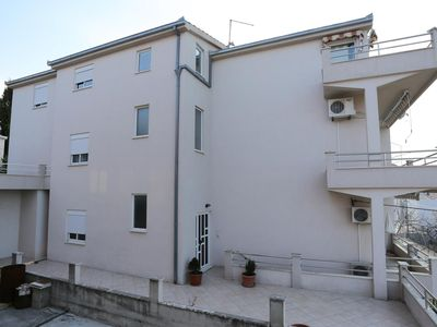 Photo for Two bedroom apartment with balcony and sea view Podstrana (Split)