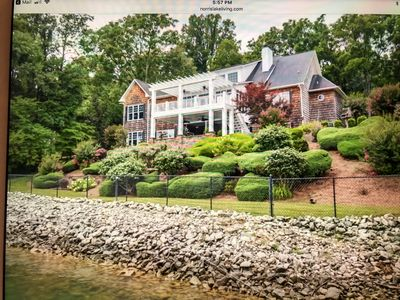 Photo for One of the prettiest homes on Norris Lake - Great Location- Only 15 min off I-75