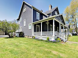 Photo for 4BR House Vacation Rental in Hammond, Oregon