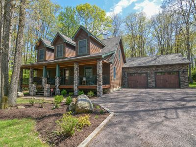 Photo for Out Of Office- Modern Comforts, Lake Access, Community Amenities