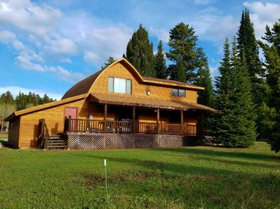 Red Cedar Cabin - West Yellowstone Vacation Rental