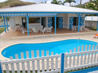 Photo for Beautiful and luxurious Creole villa with pool, 150 m away from the sea. Sleeps