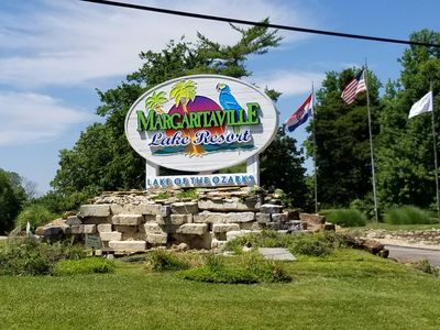 Home Borders Margaritaville Lake Resort! Most Activities Open To Public!