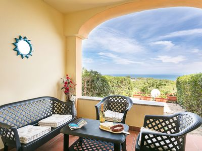 Photo for Apartment with Air Conditioning, Terrace and Sea View; Parking available
