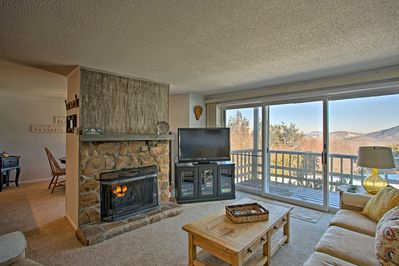 Escape to the mountains and stay at this lovely vacation rental condo!