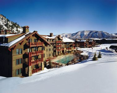 Photo for Luxurious 3 bedroom, 3 bath condominium in Ritz Carlton Club, Aspen Highlands