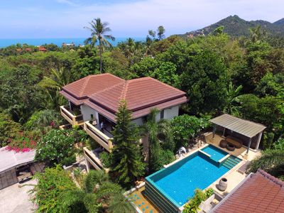 """Photo for Seaview 4 Bedroom Villa with """"Infinity"""" Pool"""