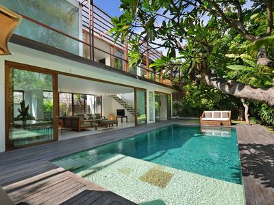 Photo for Beach Axis Villa, Seminyak