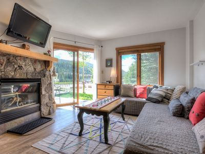 1 Bedroom on the Ground Floor, Updated Kitchen, Close to Gondola, Slope Views